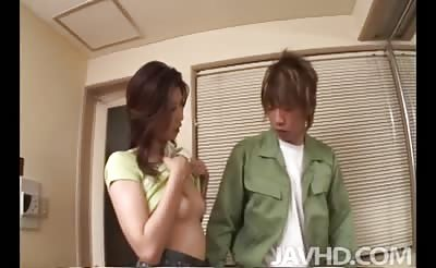 JavHD - Sweet but lonely Japanese cougar Nanako Yoshioka  uses her handyman to fix her sexual itch