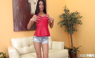 Stunner Veronica Rodriguez Solo