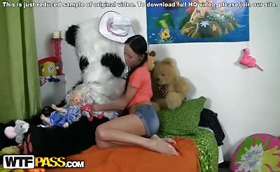 Hot brunette gets a pussy creampie