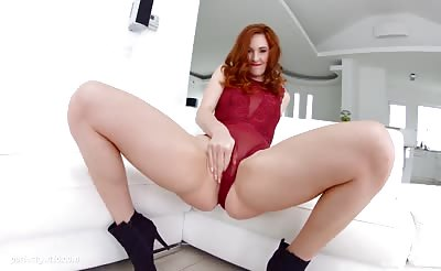 Allinternal Redhead slut hops on a huge dick and gets creamed at the end