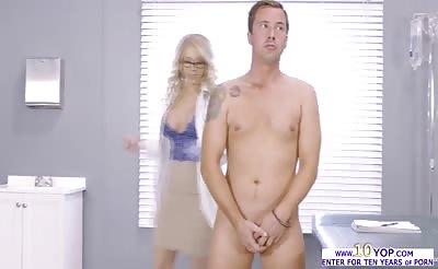 Charming slut Katie Morgan fuck in standing position
