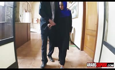 Arab Girl Blows Thick Cock