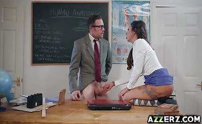 Horny schoolgirl Roxxy Lea bangs in the classroom