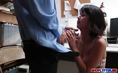 Tiny thief Penelope Reed gets her pussy fucked