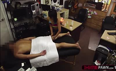 Tiny asian woman wants to sell a massage kit and gets fucked