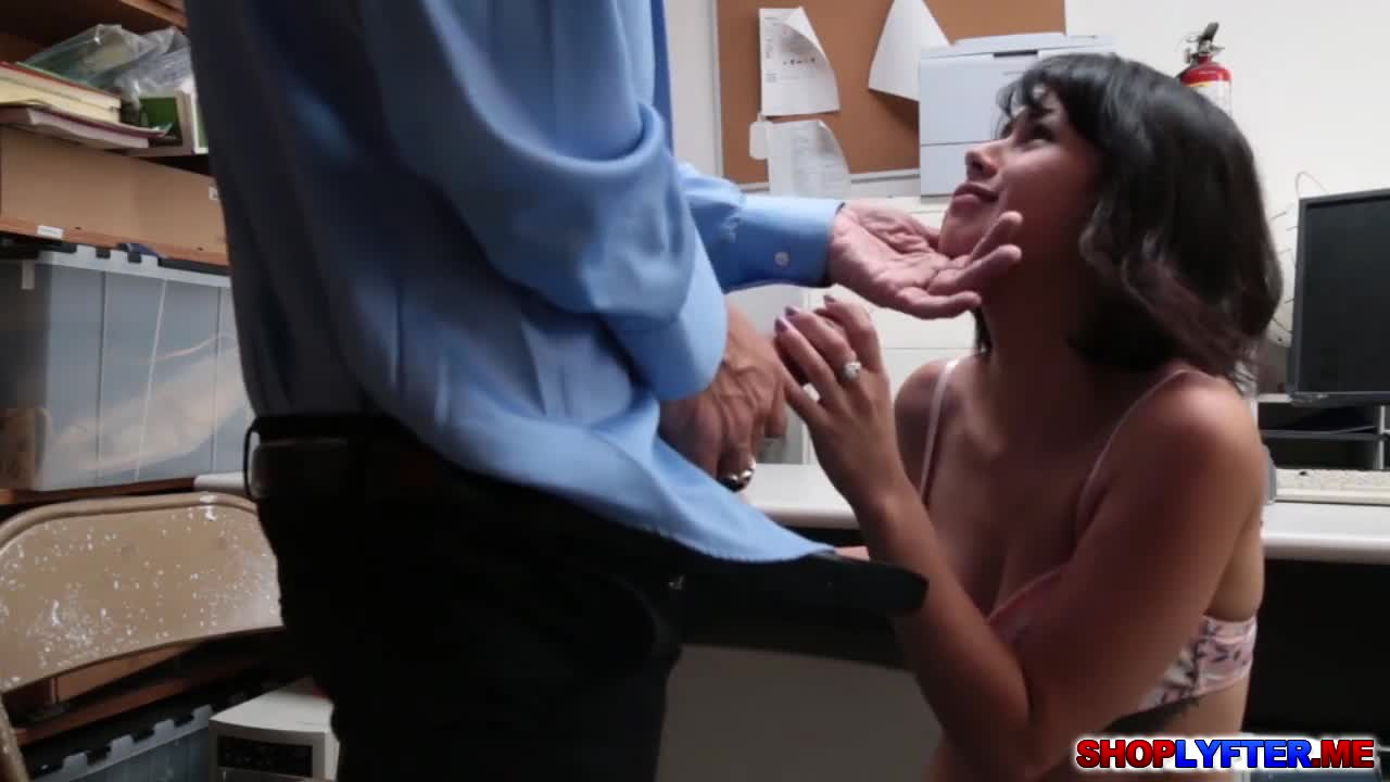 Congratulate, your her college pussy penelope thief reed in bangs strange recommend