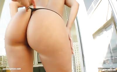 Watch this solo girl Candy masturbating on Give Me Pink wit