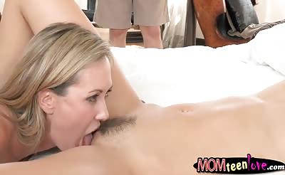Lia Lor and Brandi Love crazy threesome action in bed