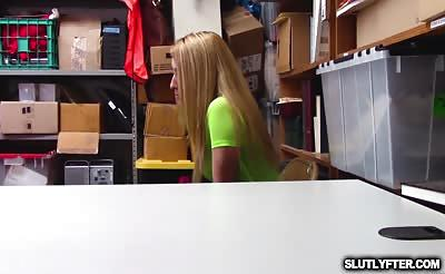 Alexa Rayes pussy railed from behind doggystyle