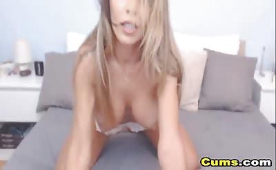 Gorgeous Blonde Babe Masturbates her Wet Pussy