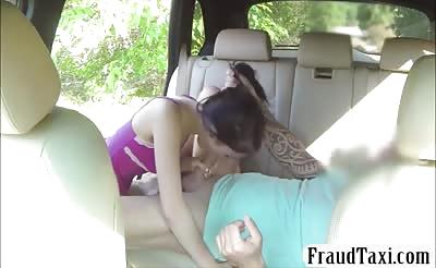 Lovely babe sucks off and fucked in the taxi for free