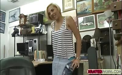 Blonde babe gets licked and fucked