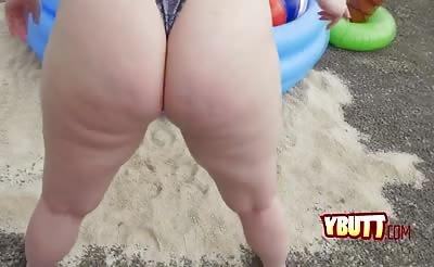 Amazing red head gets her big joucy booty banged outdoors