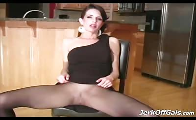 Jerk that Cock off all over my pantyhose please