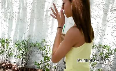 Skinny brunette bangsh uge dick outdoor
