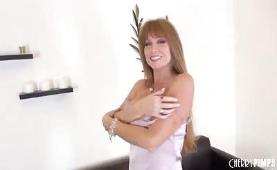 Pornstar MILF Darla Crane Solo