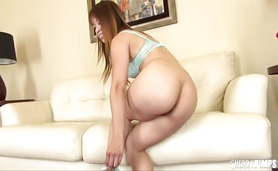 Asian Hottie Asia Zo Solo and LIVE
