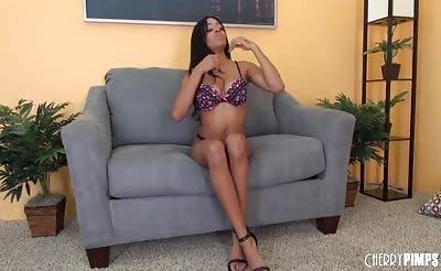 Sexy Anya Ivy Solo