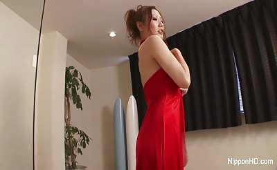 She gives him an erotic massage and super wet bj